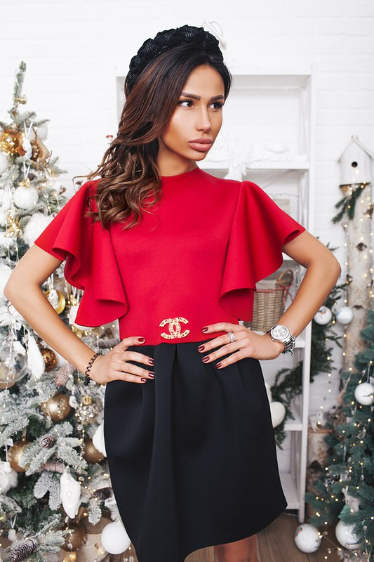 Изысканное и стильно платье CHANEL - Стильная женская одежда оптом, платья макси и мини, блузки, пиджаки,женские костюмы,юбки VIVA SECRET в Одессе