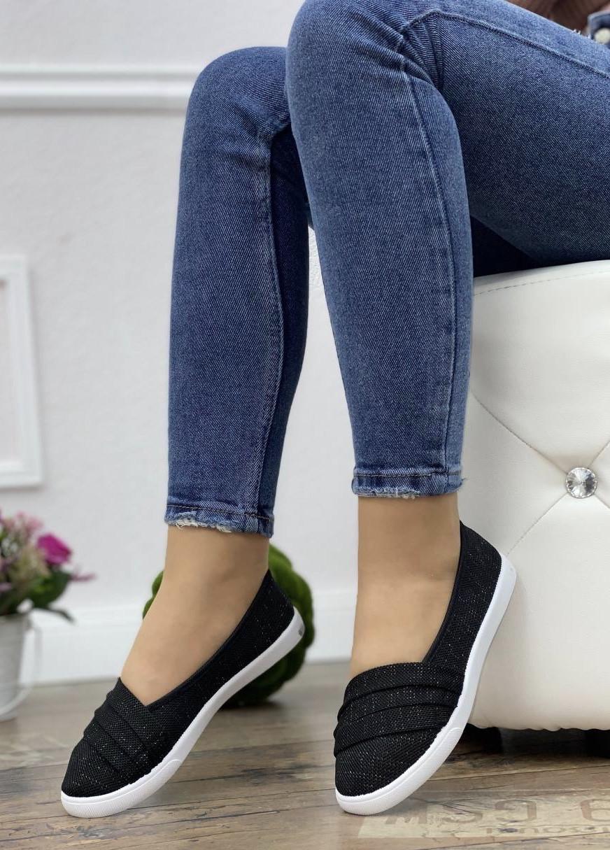 Кросівки жіночі 10 пар в ящику чорного кольору 36-41