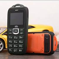 Противоударный прорезиненный телефон LAND ROVER ML18 на 2 сим-карты с Батареей 2800mah