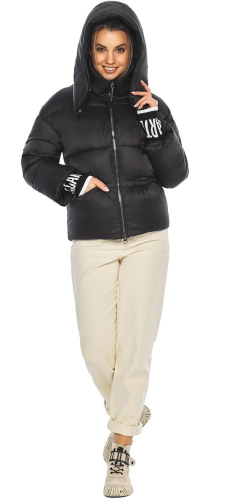 Куртка з брендового фурнітурою чорна жіноча модель 41975