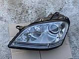 Фара левая биксенон Mercedes ML W164 ксенон на 2 блоки Мерседес мл 164, фото 2