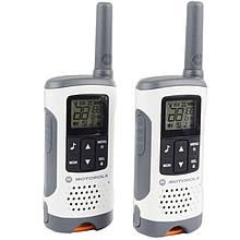 Рація Motorola TLKR T50 (0.5 W, PMR446, 446 MHz, до 6 км, 8 каналів, 4xAAA), комплект 2шт, біло-сіра
