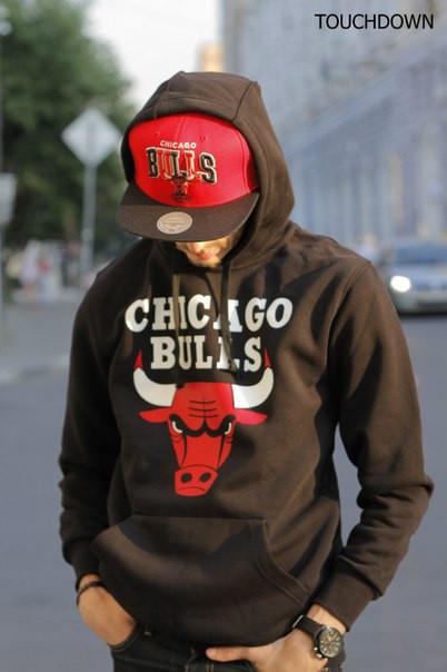 Толстовка чёрная мужская Чикаго Буллз Chicago Bulls утепленная