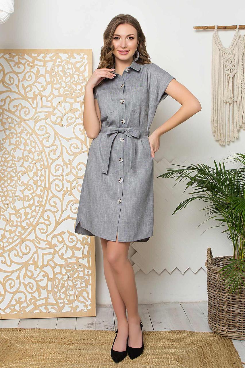 Летнее льняное платье-халат прямого силуэта, отложной воротник и застежка-планка на пуговицы. Серое