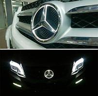 Универсальная Эмблема Звезда Шильдик Mercedes с Белой LED подсветкой в решетку Мерседес 18.5 см