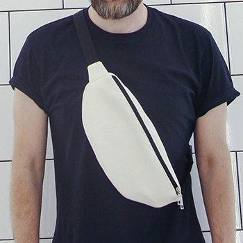Сумка бананка BADABUMBAG, колір білий