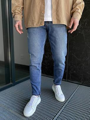 Мужские джинсы прямые МОМ синего цвета с потертостями, фото 2