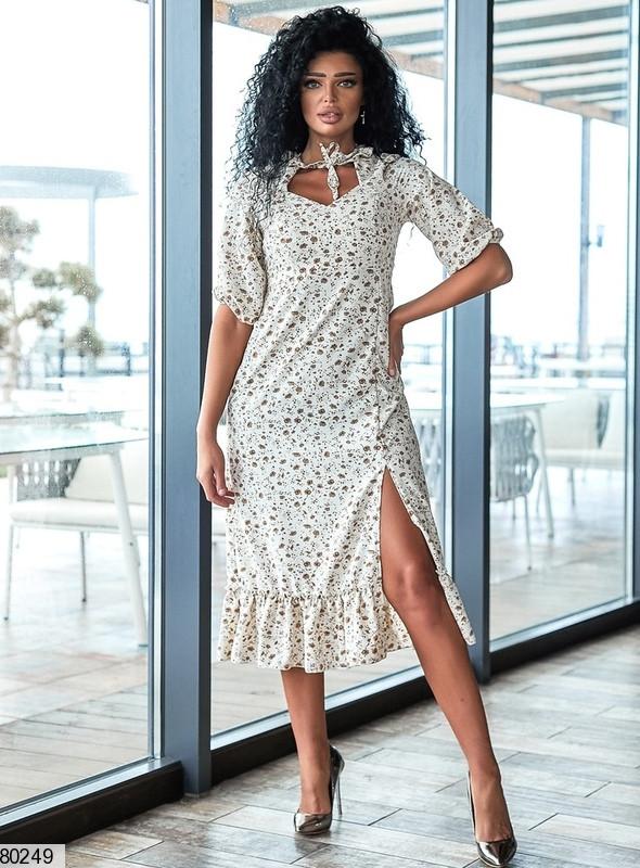 Р. 42-56 Женское летнее платье миди с боковым разрезом и фигурной горловиной норма и батал