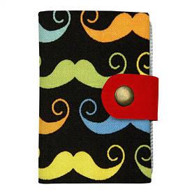 Кредитница на кнопке Разноцветные усы