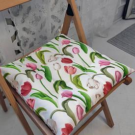 Подушка на стул с завязками Тюльпаны