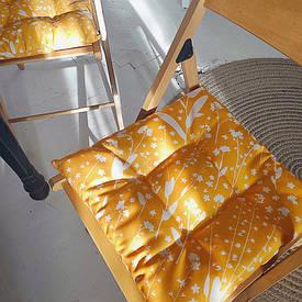 Подушка на стул с завязками Белые цветочки