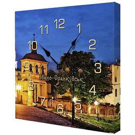 Годинники настінні квадратні