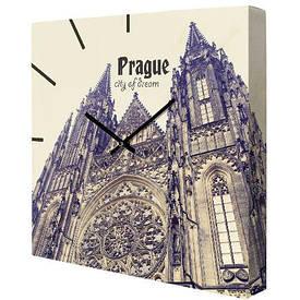 Часы настенные квадратные