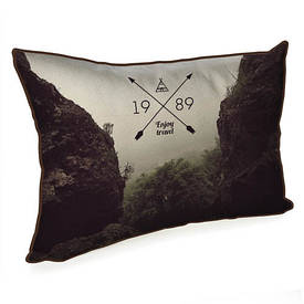 Подушка для інтер'єру 45х32 см Enjoy travel