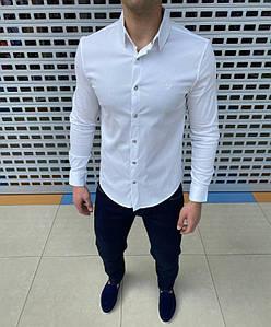 Мужская рубашка стильная, однотонная. Приятный к телу материал, приталенный крой. Идеально садятся по фигуре.
