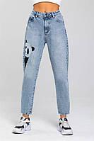 Женские стильные джинсы МОМ с вышивкой, фото 1