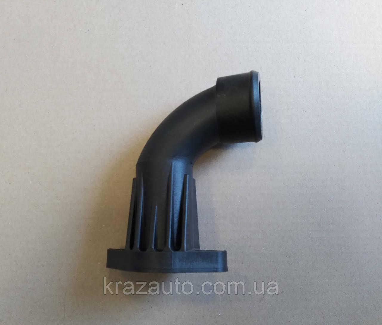 Підвідний Патрубок до теплообмінника (перший) пластмас. ЯМЗ-7511,7601 7511.1013724