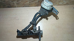 Цилиндр тормозной главный с бачком в сборе MB500404,MB928051 999013 Galant 93-96 r.  5k Mitsubishi