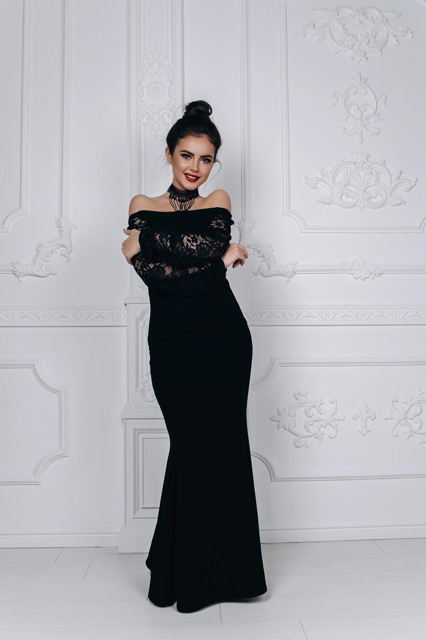 Вечірній сукні з мереживними рукавами
