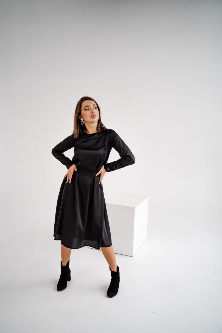 Дуже гарне чорне плаття