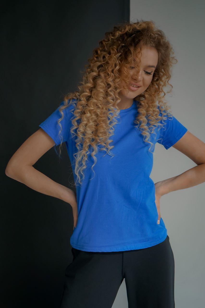 Базовая синяя футболка