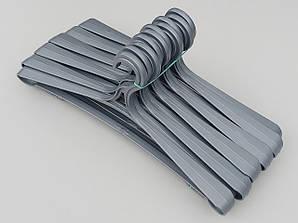 Довжина 42 см. Плічка пластмасові Гем-6 сріблястого кольору, 10 штук в упаковці