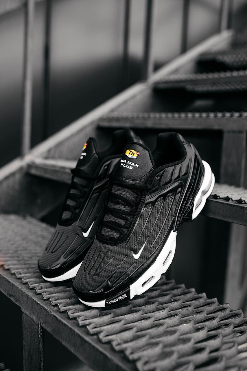 Чоловічі чорні Кросівки Nike Air Max Plus 3
