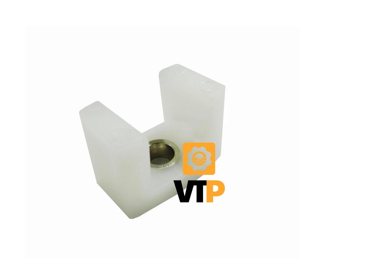 Накладка Claas 660503.0P варіатора П-подібна (с метал. кольцом)