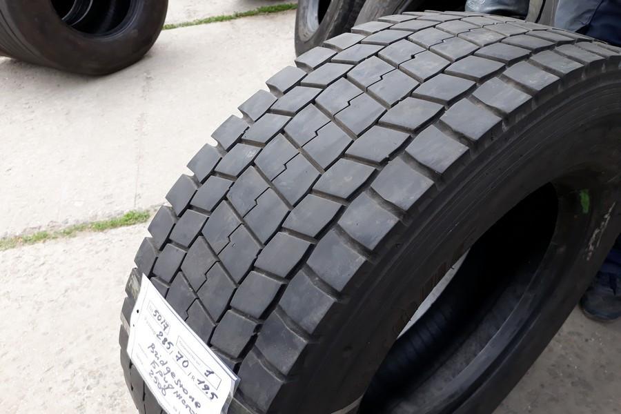 Шины б.у. 285.70.r19.5 Bridgestone M729 Бриджстоун. Резина бу для грузовиков и автобусов