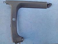 Пластик салона заднее правое стекло BC1C-68-190B  Mazda 323 C BA
