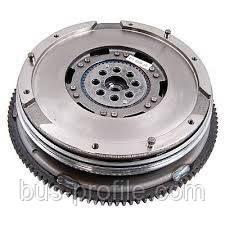 Демпфер сцепления на VW LT 2.8 Tdi (116kw)  2002-2006 — Luk (Германия) — 415020810