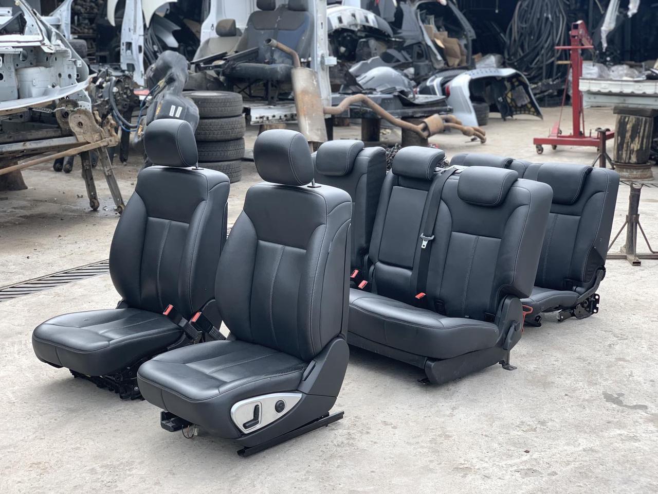 Сидіння чорні 3 ряда на Mercedes GL X164 салон Мерседес гл 164