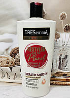 Кондиционер с кератином и маслом марулы TRESemme Keratin