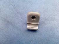 Скоба козырька B01A-69-261A Mazda 323, 626, b2500, demio