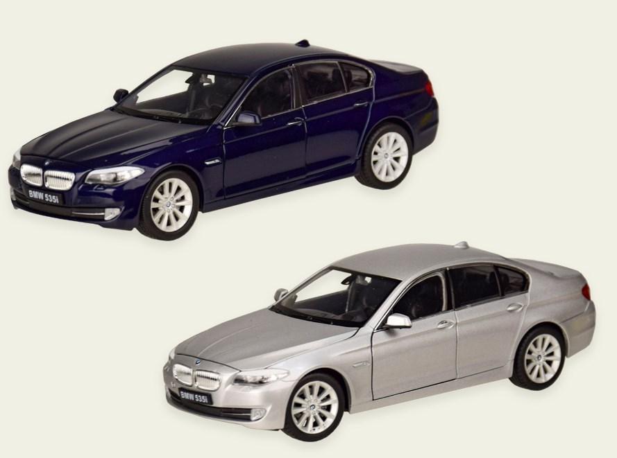 Колекційна модель БМВ 535 (BMW 535I) металева машинка, 1:24, (темно-синій, сріблястий), WELLY