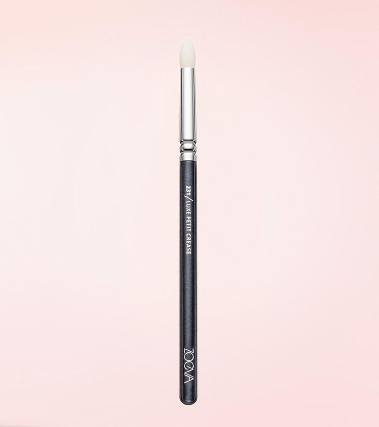 Кисть Zoeva 231 Luxe Petit Crease - олівець для розтушовування тіней
