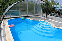 Бортик бассейна облагораживается копинговым камнем. Сверху еще желательно уставить раздвижной поликарбонатный павильон и все - райский уголок готов.