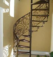 Металлическая лестница на второй