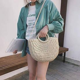 Жіноча солом'яна сумка. Матеріал: пальмовий лист, плетіння ручної роботи. Колір: молочний, бежевий.