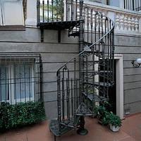 Деревянно металлические лестницы