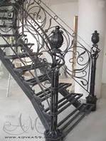 Лестницы кованые частном доме на второй этаж