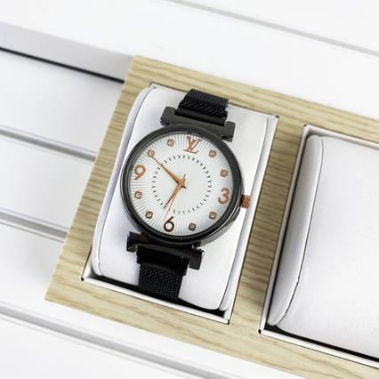 Louis Vuitton Diamonds Black-White