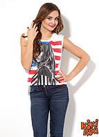 футболка белая  с изображением Рианны Турция