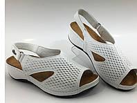 Турецкая кожаная модель женская мягкая белые босоножки, фото 1
