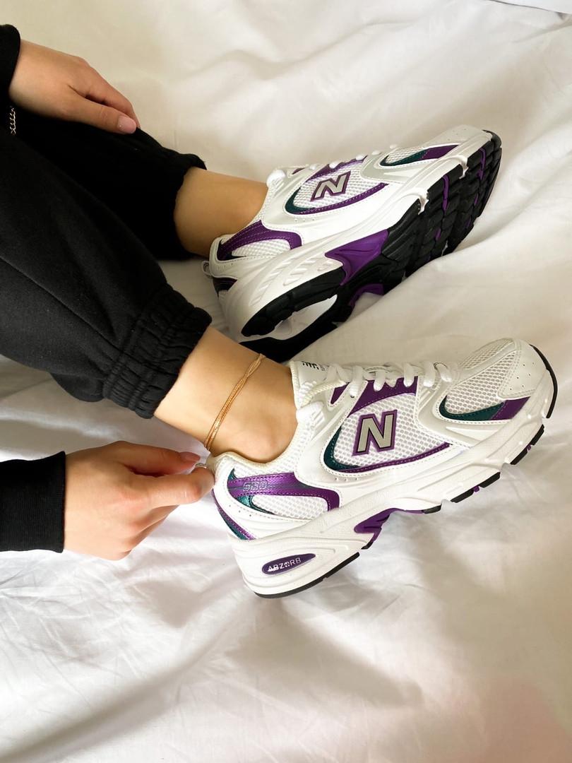 Жіночі кросівки New Balance 530 білі з фіолетовим
