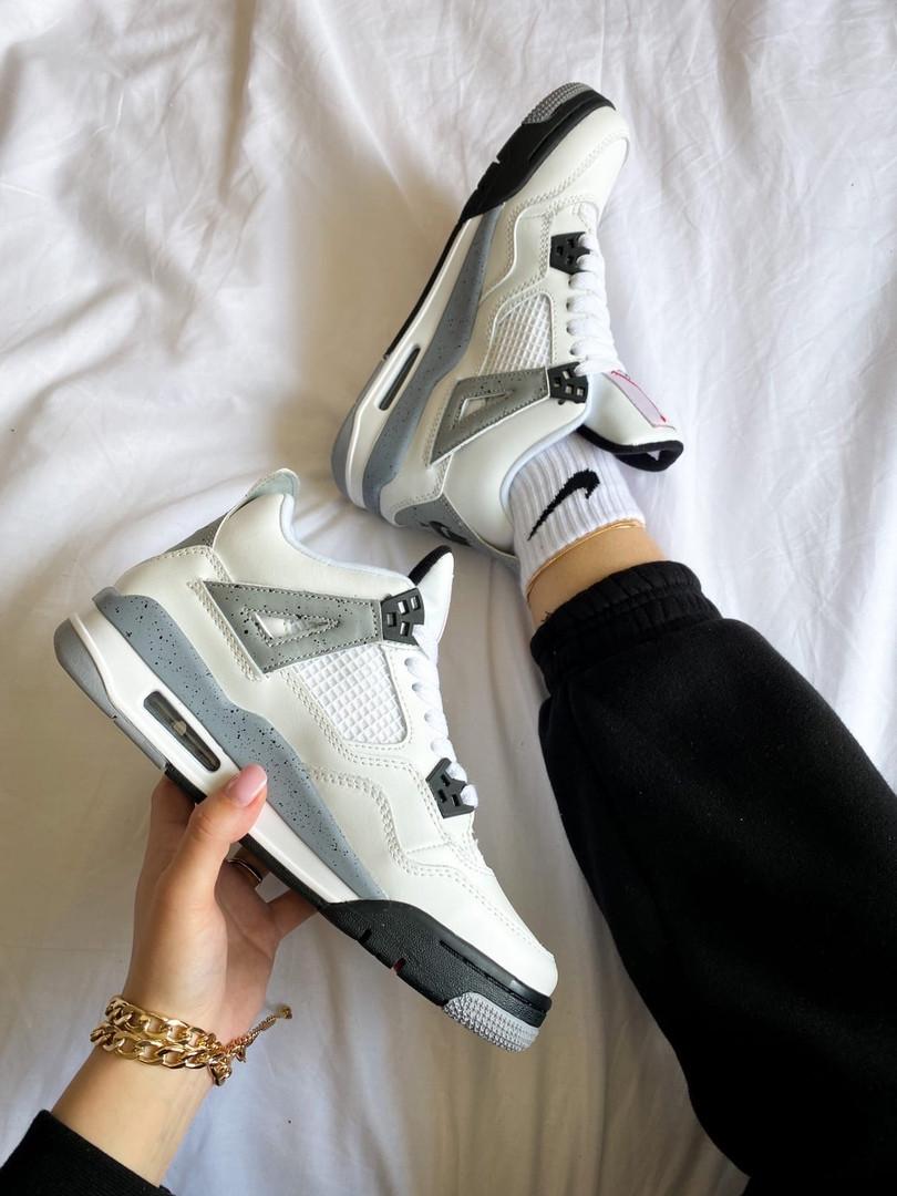 """Жіночі кросівки Nike Air Jordan 4 """"White Cement"""" білі з сірим"""