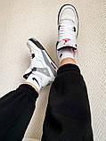 """Жіночі кросівки Nike Air Jordan 4 """"White Cement"""" білі з сірим, фото 5"""
