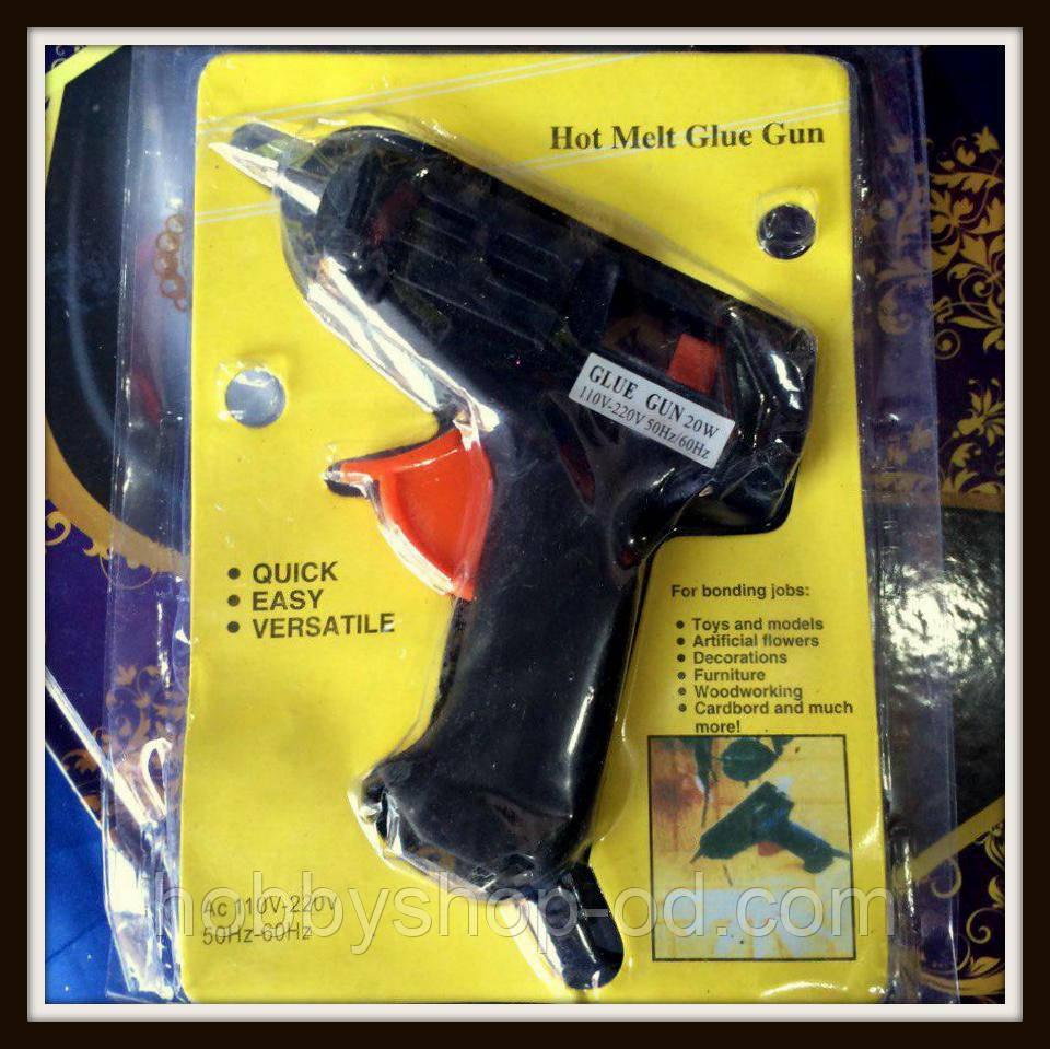 Клеевой пистолет маленький для рукоделия под стержни 7 мм.