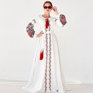 Жіночі вишиті сукні