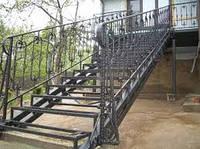 Кованые элементы ограждения лестниц
